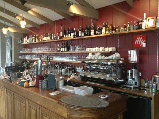 Le Pavillon Augustine : le bar !!!