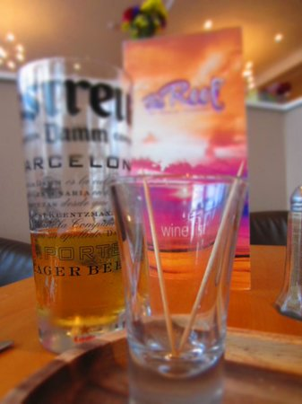 The Reef: The menu and glasses