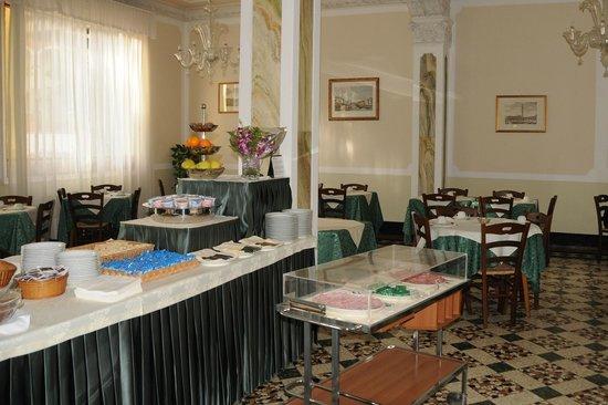 Byron Hotel: Brakfast
