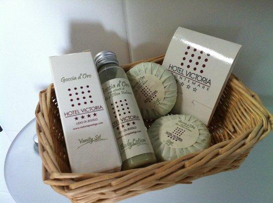 Hotel Victoria Frontemre: Set bagno