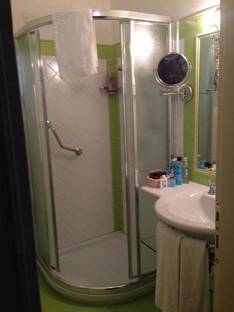 Hotel Le Ginestre: das Badezimmer