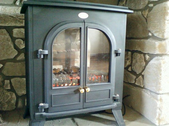 Penrhadw Farm : Lovely fireplace