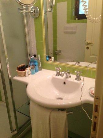 Hotel Le Ginestre: Badezimmer