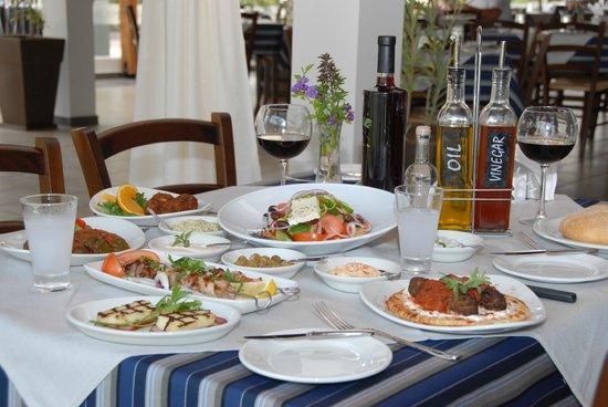 Mezepolis Kebab & Tavern : Meze
