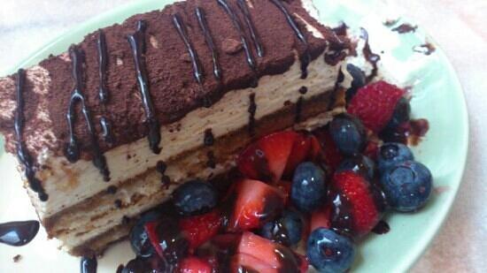 Lucia Wine Bar & Grill: Tiramisu garnished with berries - WOW!