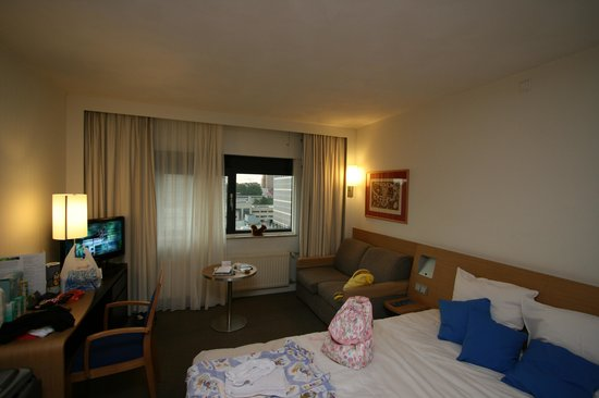 Novotel Amsterdam City: Superior room