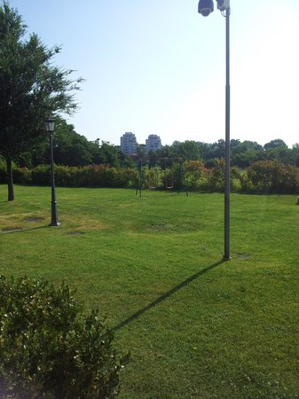 Villa Aretusi: The garden.
