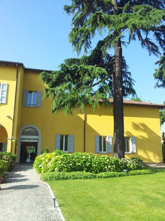 Villa aretusi updated 2019 prices reviews bologna for Hotel bologna borgo panigale