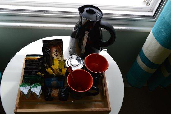 The Reindeer Inn: Tea coffee making tray
