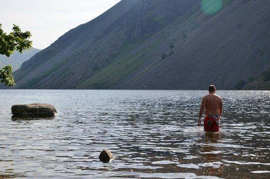 YHA Wasdale Hall: swimming