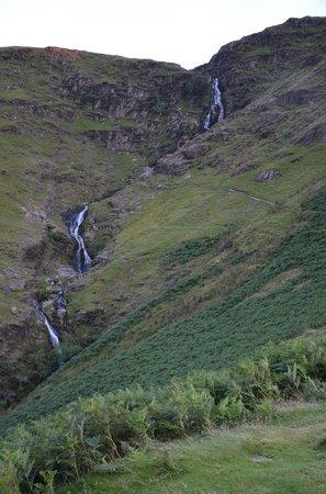 YHA Wasdale Hall: waterfall