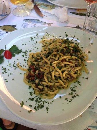 Trattoria Bella Venezia: bigoli alle sarde...