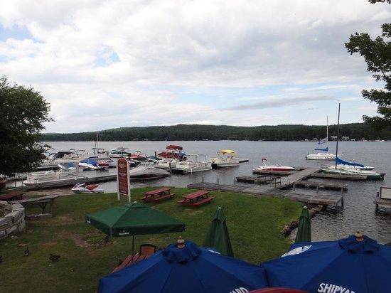 Freedom Cafe & Public House: Long lake view