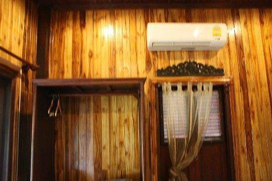 Luang Prabang Paradise Resort: aircon