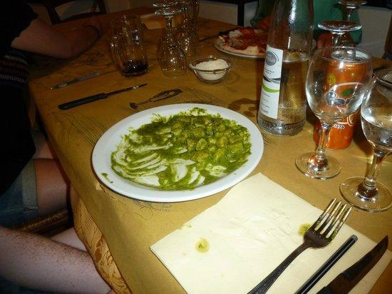 Ristorante La Genovese: Freshly made pesto