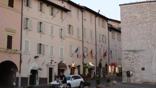 Roma Hotel: The hotel
