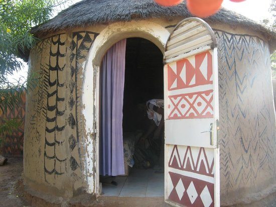 Tiebele Lodge: Lodje