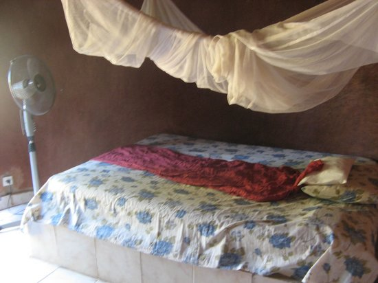Tiebele, Burkina Faso: Room with mosquito net