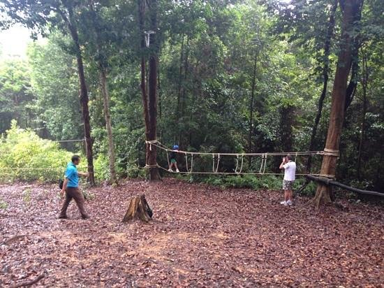 Telunas Beach Resort: ropes course with dion