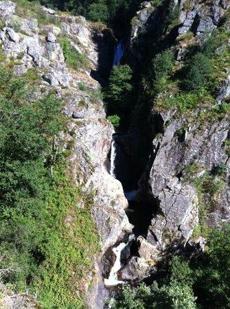 Le Sidobre : la cascade d'Arifat
