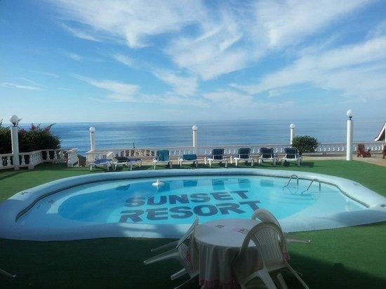 Sunset Resort & Villas: Great view