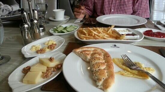 Bosphorus Premium Turkish Restaurant: I love it
