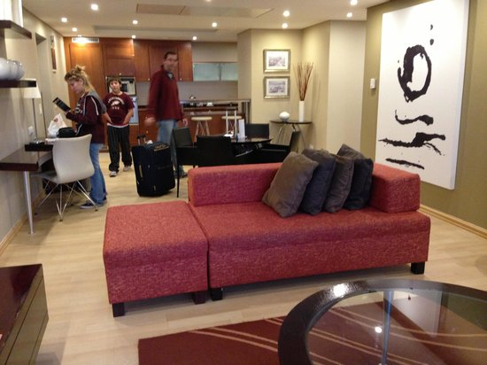 Protea Hotel by Marriott Cape Town North Wharf: El Star de la habitación.