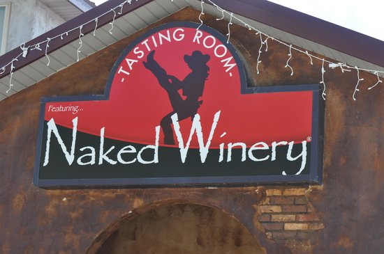‪Naked Winery South Dakota‬