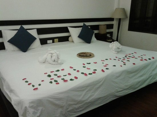 Cinnamon Hotel Saigon: The welcome greeting on our first night
