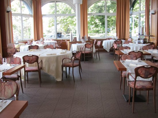 Auberge Port Gitana: salle à manger