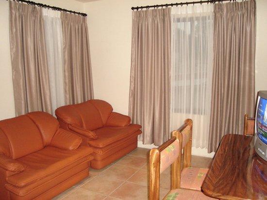 Condo Portofino: Living room
