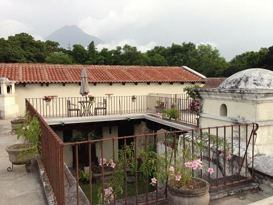 Hotel Sor Juana: hear the late afternoon church bells while you relax on the rooftop