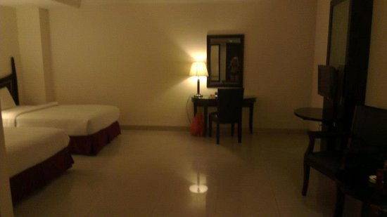 Pacific Palace Hotel: Bed room area