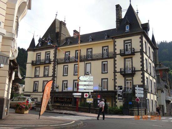 Grand Hôtel Le Mont Dore : un petit air de chateau...