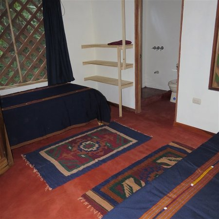 Toucan & Tarpon: simple cabinas for two, with bathroom