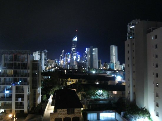 Warringa Surf Apartments: View from apartment during night time