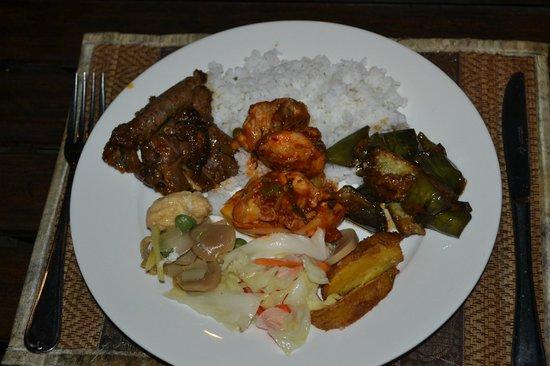 Sukau Rainforest Lodge: Dinner