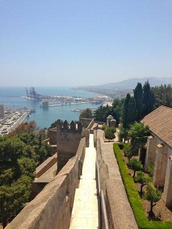 Castillo de Gibralfaro : Leaving the castle