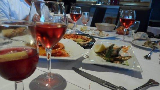 Bar Restaurante Aduana : gambas à l'ail