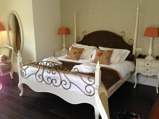 Hôtel Le Moulin De Madame : Déco très romantique