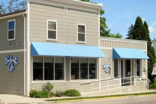 Bluefront Cafe in Sturgeon Bay