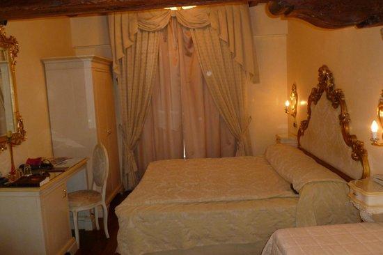 Hotel Vecellio: chambre 6