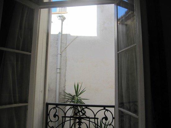 Hotel de France: Ou est le soleil ?