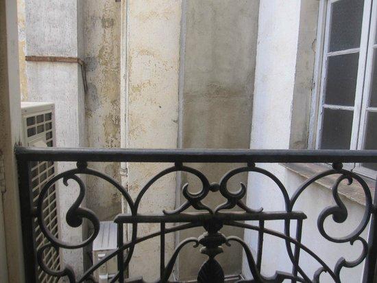 Hotel de France: Vue du lit