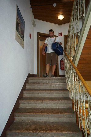 Tautermann: Hotel stairs