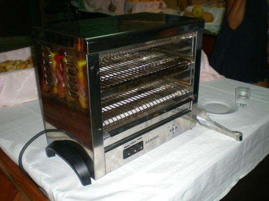 Hotel Vista Odin: Grille-pain à disposition.