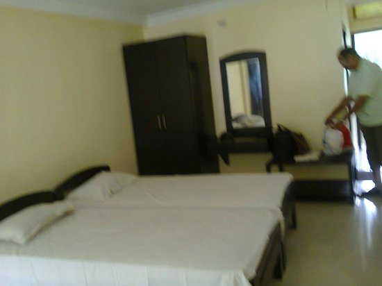 Rupnarayan Tourist Lodge: inside room