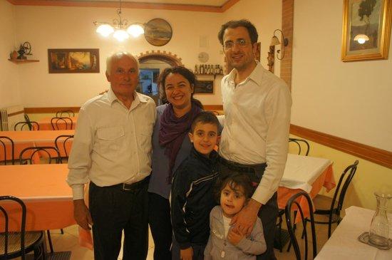 Da Gigino: Com Gigino, seu filho Massimo e netos :)