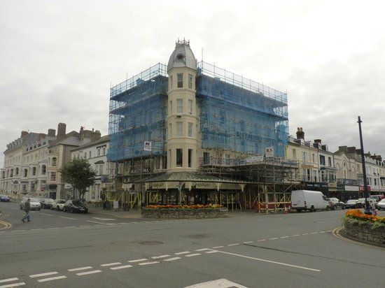 Hotel Grand Dash: Alexandra Hotel refurbishment?
