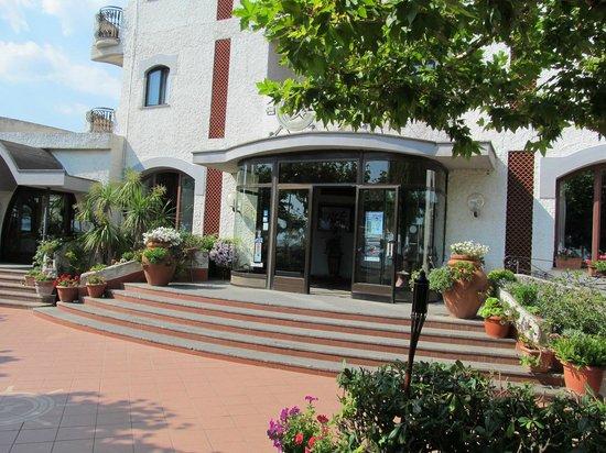 Bajamar Beach Hotel: вход